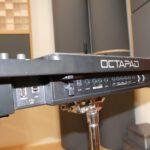 Hier ist das Tonstudio-eigene Drum-Sampler-Pad Roland SPD-30 Octapad zu sehen.